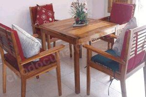 bộ bàn ghế cafe cũ gỗ thịt có gối