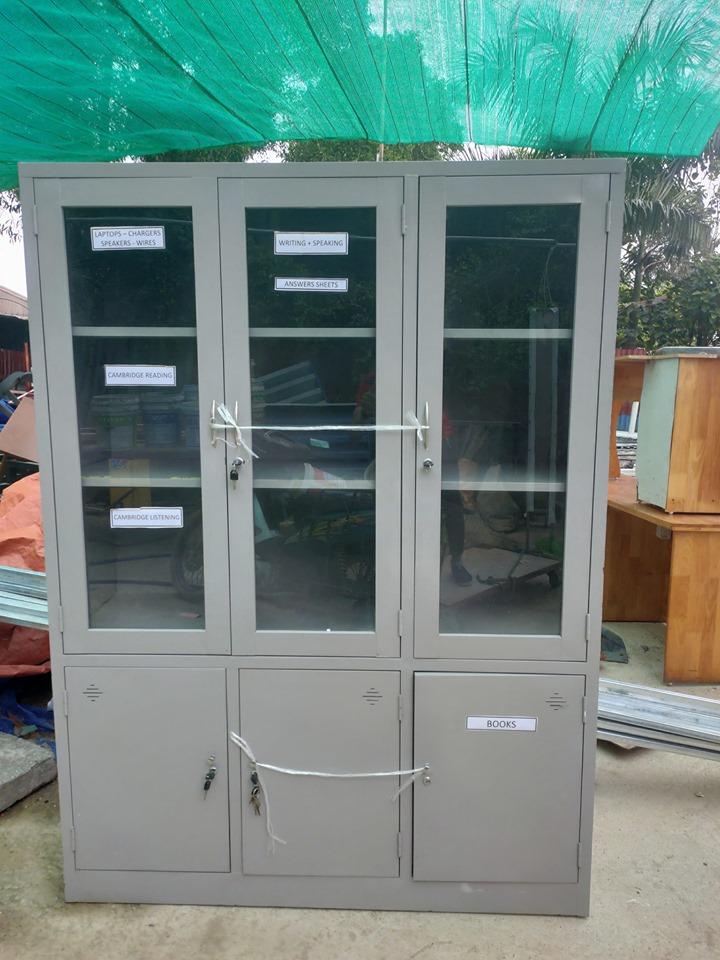 tủ tài liệu 3 cánh kính cũ 001