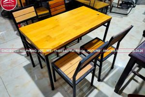 bộ bàn ghế gỗ cao su chân sắt cũ02