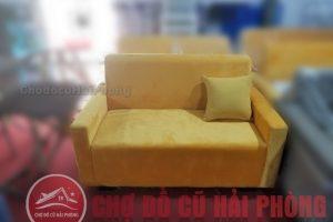 Sofa đơn màu vàng
