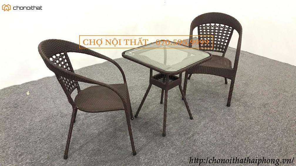Bộ bàn ghế cafe mây màu nâu